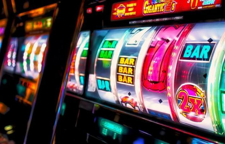 Скачать вулкан казино на деньги на телефон
