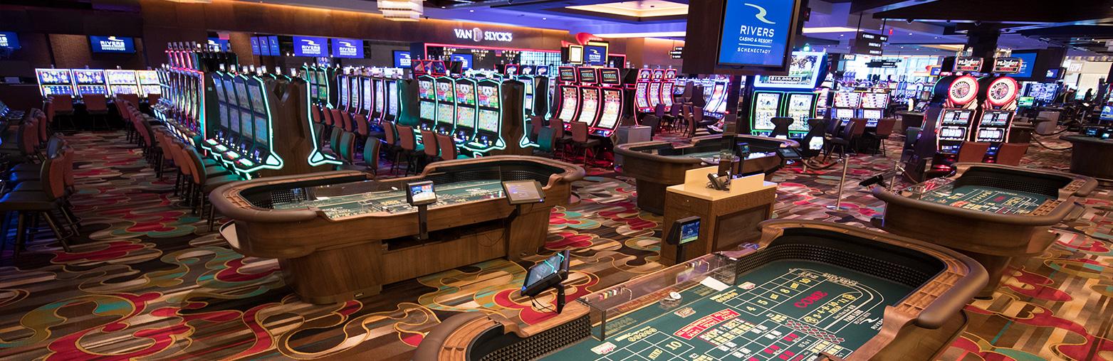 азартные игры в интернете на реальные деньги 2021 год